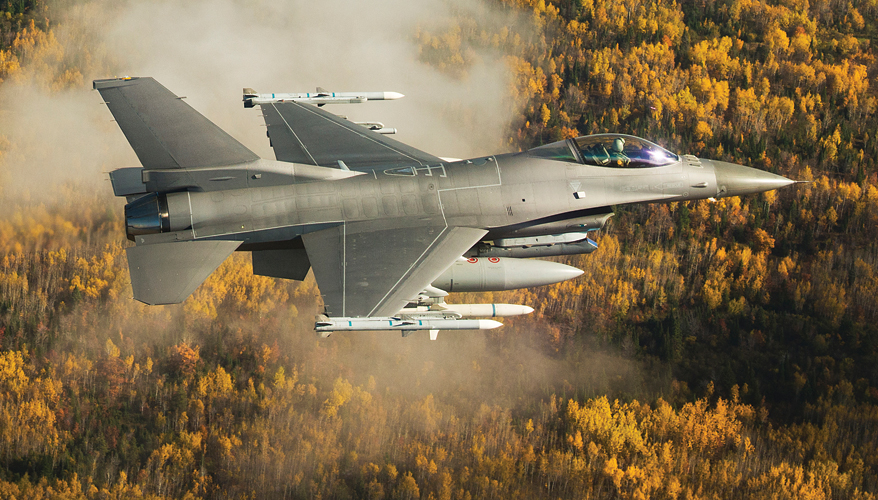 F-16 with Sniper advanced targeting pod